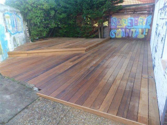 Om het huis - Bedek een houten terras ...