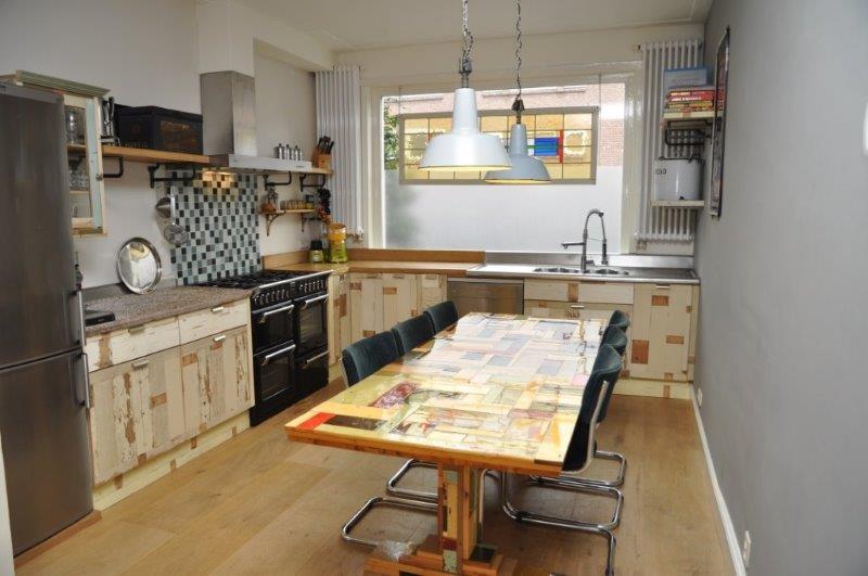 Keuken Steigerhout Te Koop : Een mooi voorbeeld van een sloophouten interieur;